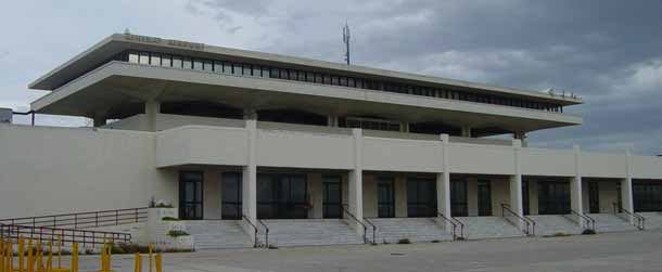 Μοντερνισμός σε μίμηση της κλασικής αρχαιότητας. Eero Saarinen, Διεθνές Αεροδρόμιο Ελληνικού (1960-69)