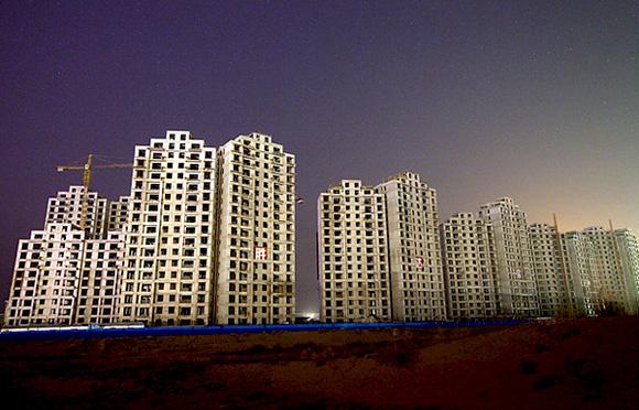 Ολοκαίνουργια συγκροτήματα περιμένουντους κατοίκους τους κάπου στην Κίνα.