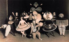 Oskar Schlemmer, Τριαδικό Μπαλέτο, 1926-1927