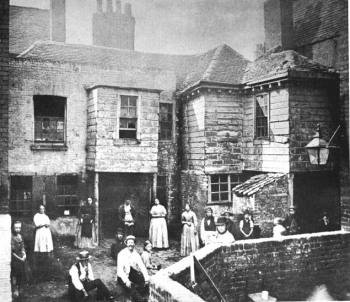 Οι συνθήκες κατοίκησης στο Λονδίνο σε φωτογραφίες