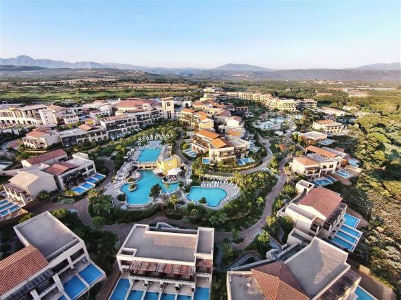 Εικόνα 6: Τhe Westin Resort (πηγή: http://www.olympicholidays.com/)